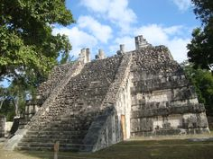 006_chichen-itza_theredlist
