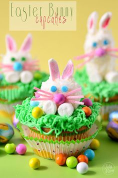 Easy Marshmallow bunnies. cute as a treat or on top a cupcake for #Easter at TidyMom.net