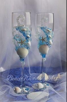 Wedding Champagne Flutes, Wedding Glasses, Champagne Glasses, Wedding Gifts, Wedding Bride, Wedding Beach, Wedding Reception, Dream Wedding, Diy Crafts Vases