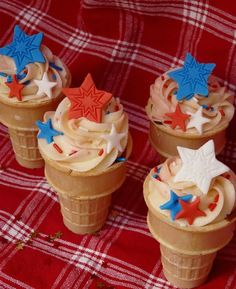 4th of July Ice Cream Cone Cupcakes | Cupcakes for Party