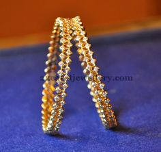 Jewellery Designs: gold bangles
