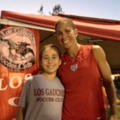 Shannon Boxx did a training camp at Phoebe's soccer club yesterday!