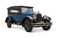 Blue 1924 Chrysler Touring Car photo courtesy The Henry Ford / Flickr.