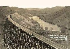 model-T-oregontrunkrailway.jpg 500×350 pixels