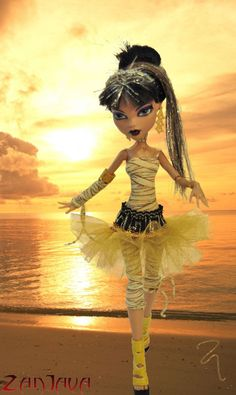 ZanJava Tutu MADE TO ORDER for Monster High. $7.00, via Etsy.