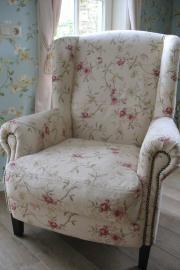 Prachtige stoel in Engelse stijl met mooie gebloemde stof, andere stoffen mogelijk. | * stoelen * | keetje knus
