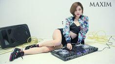Lộ ảnh cũ kém xinh của DJ Hàn Quốc sexy sắp sang VN - 4