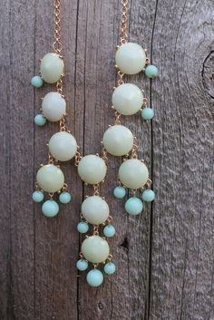 BUBBLE NECKLACE green and blue