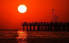 Gorgeous sunset on Kish Island in Iran By: Mahmoud Khakbaz [1000x629]