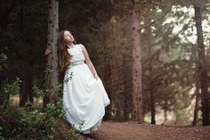 Niñas de Comunión - Alba Soler Fotografía - Xàtiva - Valencia Alba Soler, Valencia, Exterior, Wedding Dresses, Photography, Collection, Fashion, Fotografia, Bride Dresses