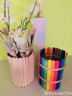 IJslollystokjes potlodenbakjes en pennenpotjes | Houten IJslollystokjes lollystokjes | Knutselen knutseltips kinderen-kids | ijsstokjes plakken glazen-potjes (27)