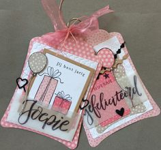 Handmade card by DT member Neline with Craftables Labels Basic Shape (CR1352), Chains Dots & Hearts (CR1392), Desing Folder Dots (DF3431), Sweet Hearts (DF3432) and Creatable Lots of Love (LR0450) from Marianne Design