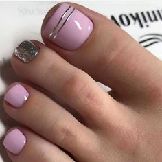 Our goal is to keep old friends, ex-classmates, neighbors and colleagues in touch. Pretty Toe Nails, Cute Toe Nails, Cute Toes, Pretty Toes, Toe Nail Art, Pedicure Designs, Toe Nail Designs, Mani Pedi, Manicure And Pedicure