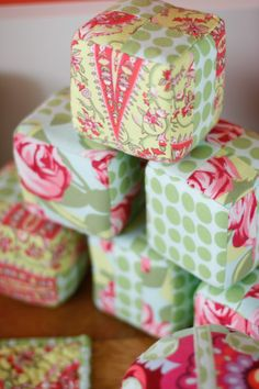 Sweet DIY baby blocks -- a great handmade baby gift or accent for baby's nursery