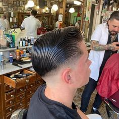 Cool Haircuts, Haircuts For Men, Men's Haircuts, Slick Hairstyles, Classic Hairstyles, Brylcreem Hairstyles, Best Barber Shop, Glossy Hair, Slicked Back Hair