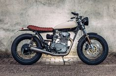 Dust off the drafting table, refill the clutch pencil and grab the dividers. Retired Dutch Architect Henk Woltjer has teamed up with local shop Motogadgets to create the perfect motorcycle to relive his youth; it's a millimetre-exact Yamaha XS650 tracker inspired by the first bike he built some thirty years earlier.
