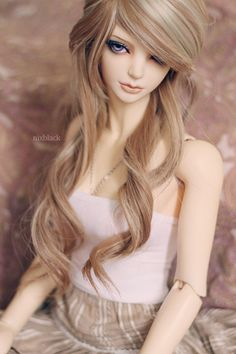 #dolls #bjd  Her hair is amazing.