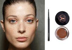 Frisk opp ansiktet med fregner! | Costume.no Frisk, Costume, Makeup, Beauty, Maquillaje, Beleza, Fancy Dress, Maquiagem, Face Makeup