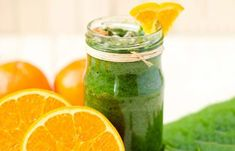 Juicing is the best option to lose weight as it offers all the essential nutrients by avoiding extra calories. Know the healthy juices for weight loss & include them in your diet. Lose Weight Fast Diet, Quick Weight Loss Tips, Weight Loss Help, Lose Weight At Home, Reduce Weight, Losing Weight, Healthy Detox, Healthy Juices, Detox Juices