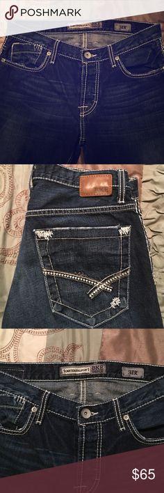 BKE Men's Straight Leg Jean Like new BKE Men's Straight Leg Jean. 31x32 great condition BKE Jeans Straight