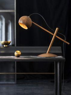 Luminária de Madeira. Designer: Sverre Uhnger / Brdr Kruger.