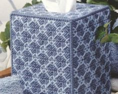 QUILTED SNOWFLAKES  Beautiful Boutique Size por NiftyStitches4U
