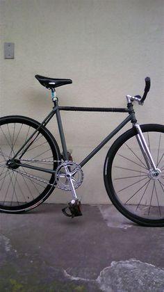 [mixi]皆さんの自転車の写真がjみたい。 - ピスト 自転車   mixiコミュニティ
