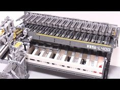 Turn Your Brain Off and Watch This Mesmerizing Lego Machine Sort Axle Pieces Lego Mindstorms, Lego Technic, Legos, Lego Engineering, Mechanical Engineering, Lego Sorting, Lego Robot, Lego Lego, Lego Machines