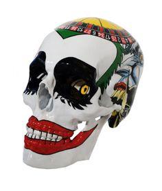 ART TO BE GALLERY | Art Up! Maxime Lhermet Joker 2015 22 x 18 x 13 cm Technique mixte sur crâne en résine