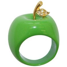Green Apple Ring from 31 Corn Lane Jewelry Trends, Jewelry Accessories, Fashion Accessories, Apple Rings, Bijoux Art Deco, The Bling Ring, Green Rings, Shades Of Green, My Favorite Color