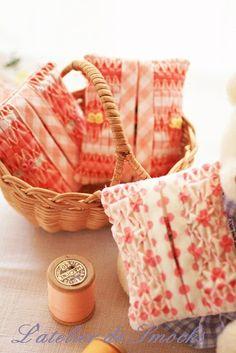 Smocked Pocket Tissue Covers~スモッキング刺繍 L'atelier de Smocks