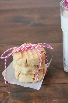 Coconut Flour Shortbread Cookies - the pink sprinkle