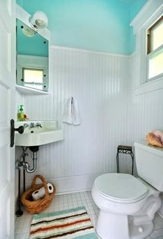 25 Small Bathroom Design and Remodeling Ideas Maximizing Small Spaces Corner sink Wainscoting Styles, Wainscoting Bathroom, Wainscoting Height, Bathroom Sinks, Master Bathroom, Small Room Design, Bathroom Design Small, Small Bathrooms, Colorful Bathroom