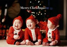 Song Il Gook Shows Off His Beautiple Triplets on Christmas Cards
