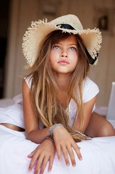HOLY.  This little ten year old girl hit the GENETIC LOTTERY. (Thylane Lena-Rose Blondeau)