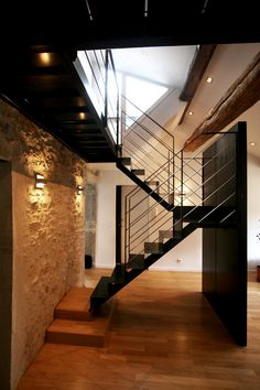 1000 images about un escalier avec contremarches pleines ou ajour es on pinterest marseille. Black Bedroom Furniture Sets. Home Design Ideas