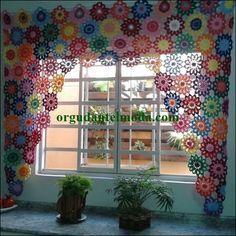 Crochet Flowers Curtain 25 Ideas For 2019 Crochet Curtain Pattern, Crochet Table Runner Pattern, Crochet Curtains, Curtain Patterns, Lace Curtains, Crochet Flower Patterns, Crochet Doilies, Crochet Flowers, Curtain Ideas