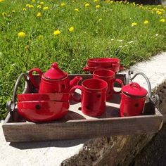 Vaisselle montagne on pinterest rouge mugs and retro - Vaisselle style montagne ...