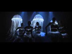 passion for art and dance...Step Up 4 Revolution: Art Gallery Flash The MOB, Live Art Scene, High Quality!    SONG: Stellamara - Prituri Se Planinata (NiT GriT Remix)
