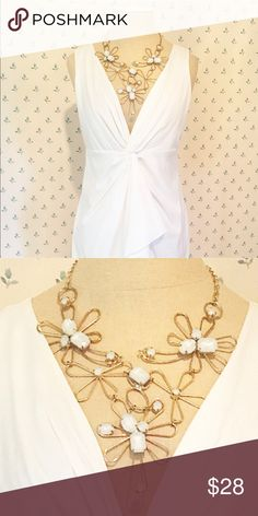 Tangles Gold Flower Statement Necklace Gold chain, adjustable length, clasp in the back, one flower pedal has broken from the center, not very noticeable Tangles Jewelry Necklaces