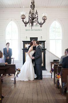 Real Weddings: Shannon & Damian\'s Historic Chapel Wedding ...