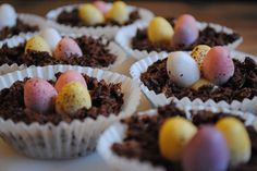 #TastyTuesday.. An extremely easy & well known easter treat for all the family. http://www.bbc.co.uk/food/recipes/eastereggnests_93841 #Easter #Chocolate #NestCake