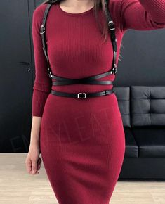 Beautiful body harness with crossed straps. Perfect for dresses, shirts and other clothes. Can be combined with casual or business style. Made from genuine top quality cow leather. Casual Wear, Casual Outfits, Cute Outfits, Fashion Outfits, Fashion Tips, Casual Attire, Fashion Art, Fashion Online, Womens Fashion