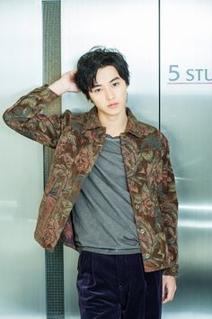 That sweater though ( ; Cute Asian Guys, Asian Boys, Asian Men, Handsome Actors, Handsome Boys, L Dk, L Death Note, J Star, Kento Yamazaki
