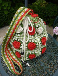 Crochet Batwa Patterns : 1000+ images about Crochet batwa on Pinterest Sachets, Crochet bags ...