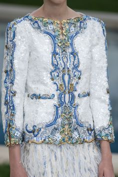 ~ Living a Beautiful Life ~ Chanel at Couture Spring 2019 - Details Runway Photos Style Couture, Couture Details, Fashion Details, Couture Fashion, Runway Fashion, Luxury Fashion, Fashion Outfits, Womens Fashion, Fashion Design