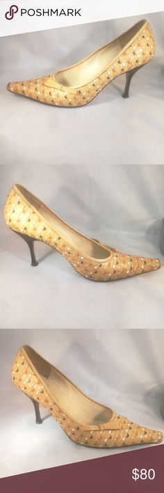 Prada Woven Women Size 36 Pointed Toe Pumps Heels Pre-owned Great Condition Normal Wear. Heel tips needs replacing, easily repairable by a Shoe Specialist. Also the front of both shoes shows wear.  Please refer to all pics of this item to see all details and defects.  I'm available to answer all your questions about this item. Prada Shoes Heels