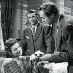 Gene Tierney, Dana Andrews & Vincent Price in Laura Golden Age Of Hollywood, Classic Hollywood, Old Hollywood, Gene Tierney, Classic Film Noir, Classic Movies, Laura 1944, Dana Andrews, Fritz Lang