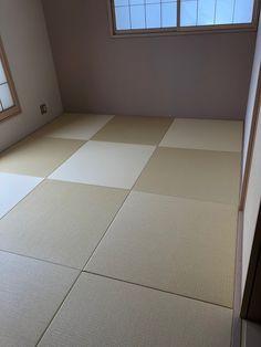 清流黄金色の置き畳はナチュラルさが魅力 Tile Floor, Flooring, Tile Flooring, Wood Flooring, Floor
