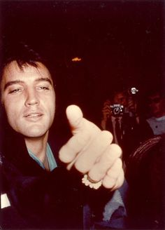 Elvis Presley photographed at Nancy Sinatra's Opening Show post-party at the International Hotel, Las Vegas, NV, Friday August 29, 1969. (It's a scan that bripet56 aka author Brian Petersen made from his original photo and uploaded to FECC Forum.)